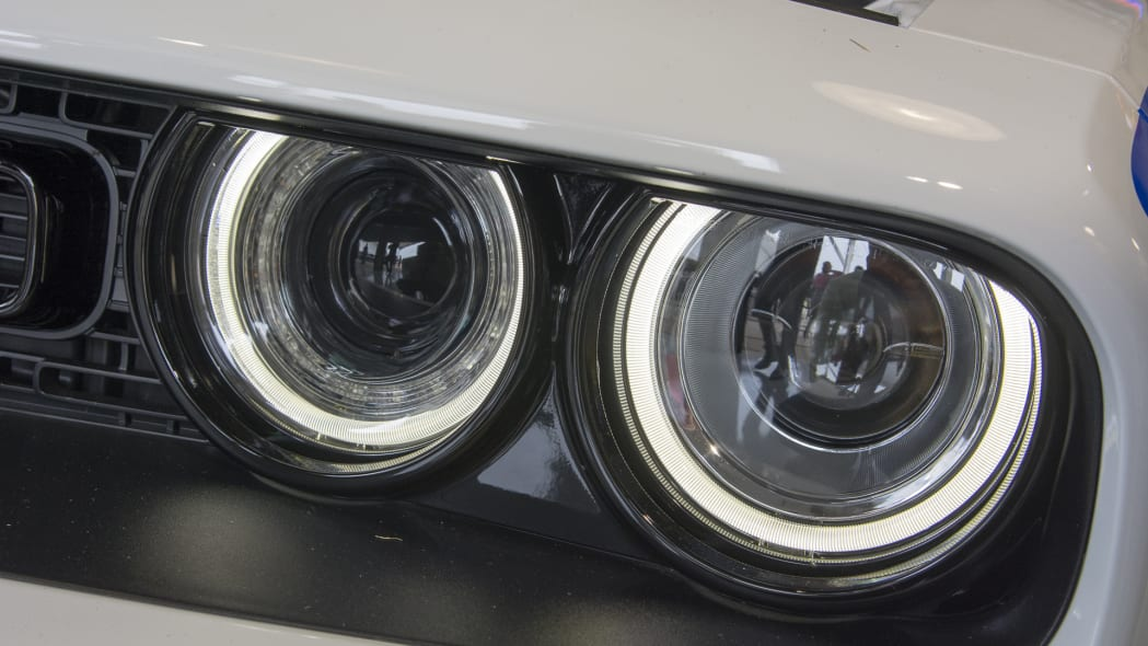 headlight dodge challenger mopar drag pak