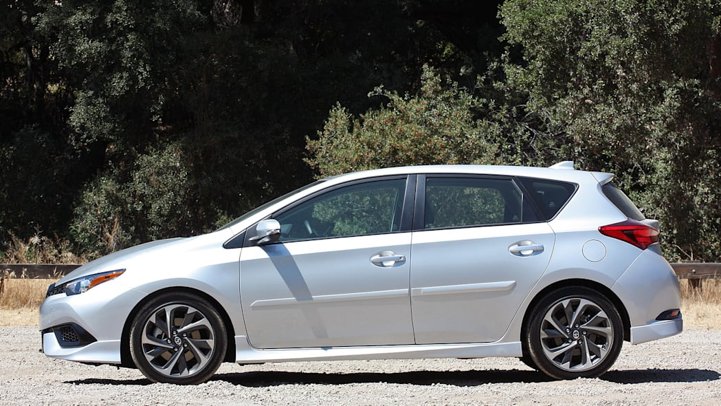 2016 Scion iM side view