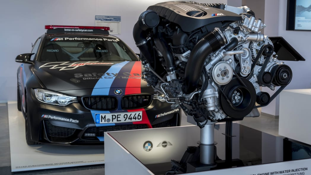 BMW M4 Direct Water Injection Technology