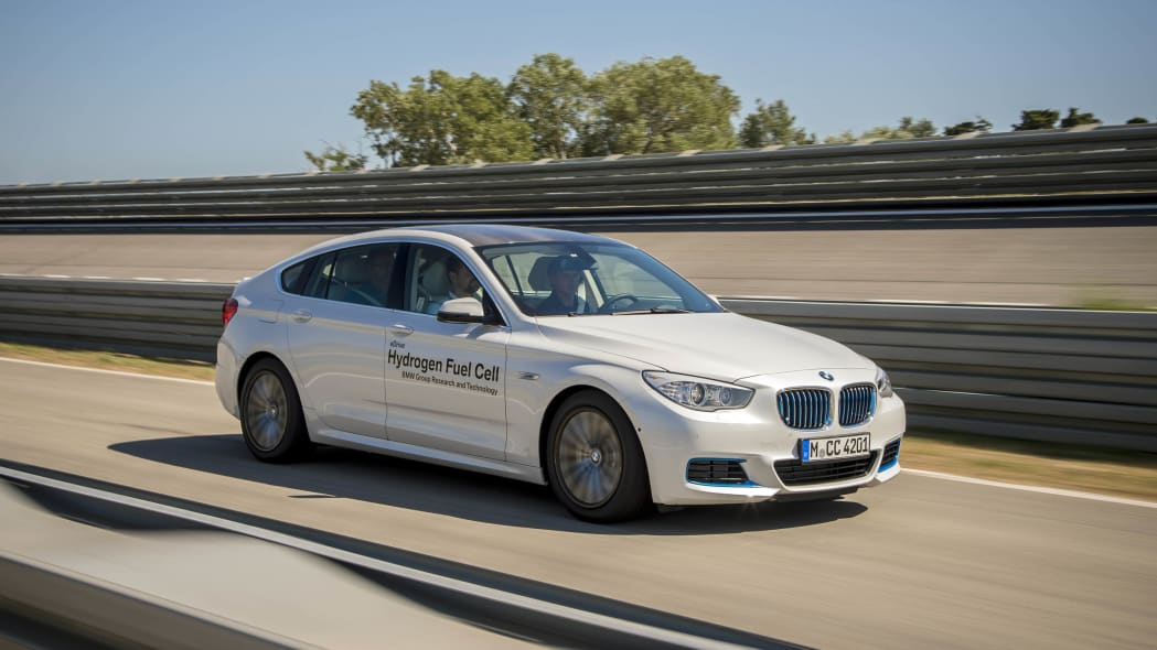 fuel cell hydrogen bmw 5 series gt track