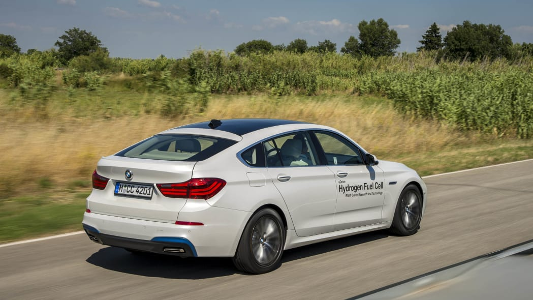rear view plants bmw 5 series fuel cell hydrogen