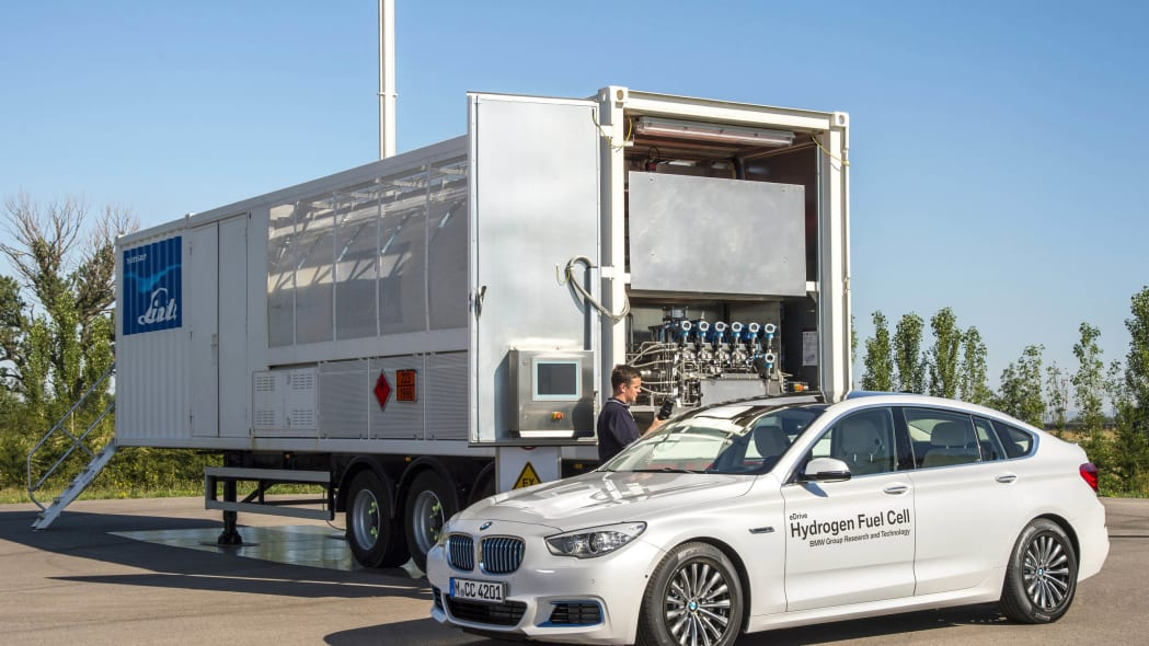 bmw 5 series hydrogen refueling fuel cell