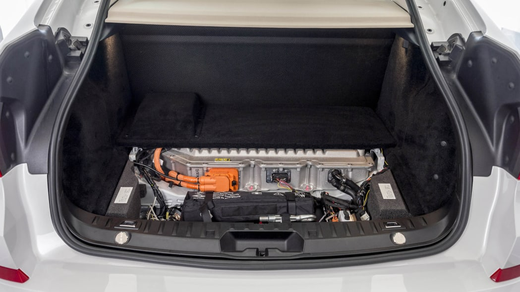 trunk hydrogen fuel cell bmw 5 series gran turismo