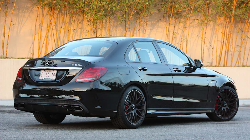 2015 Mercedes-AMG C63 S rear 3/4 view