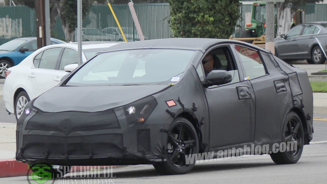 2016 Toyota Prius spy shots, front 3/4 tight