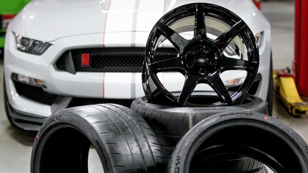 Ford Shelby GT350R carbon fiber wheels close up