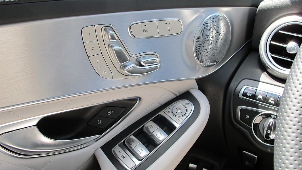 2016 Mercedes-Benz GLC250 door controls