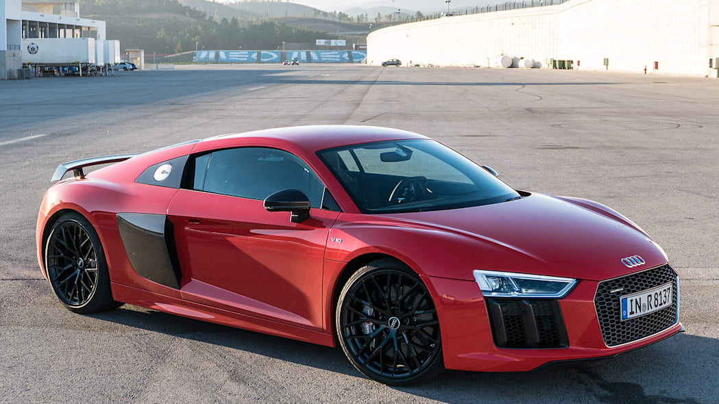2017 Audi R8 front 3/4 view