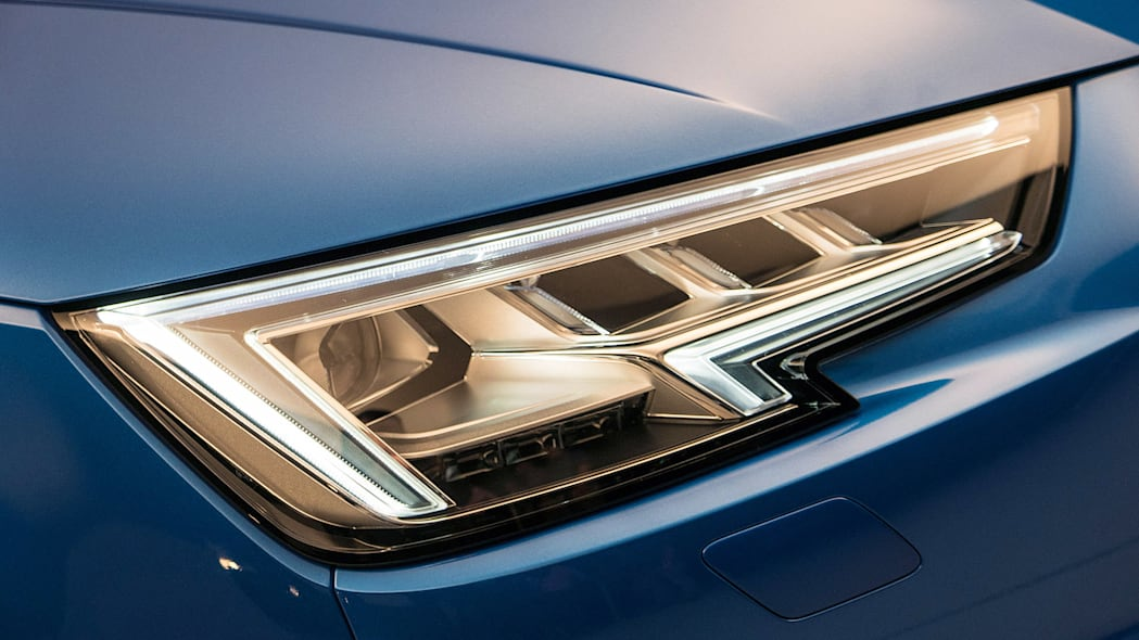 2017 Audi A4 headlight