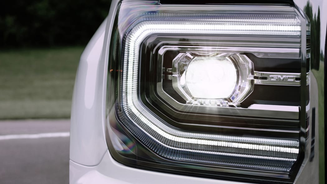 2016 GMC Sierra headlight