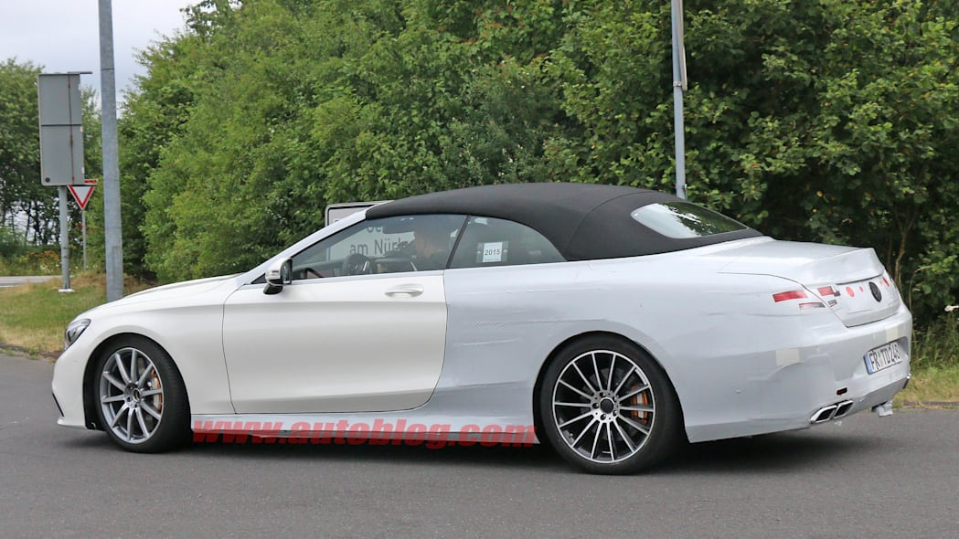 2016 Mercedes-Benz S63 AMG Cabriolet rear side 3/4