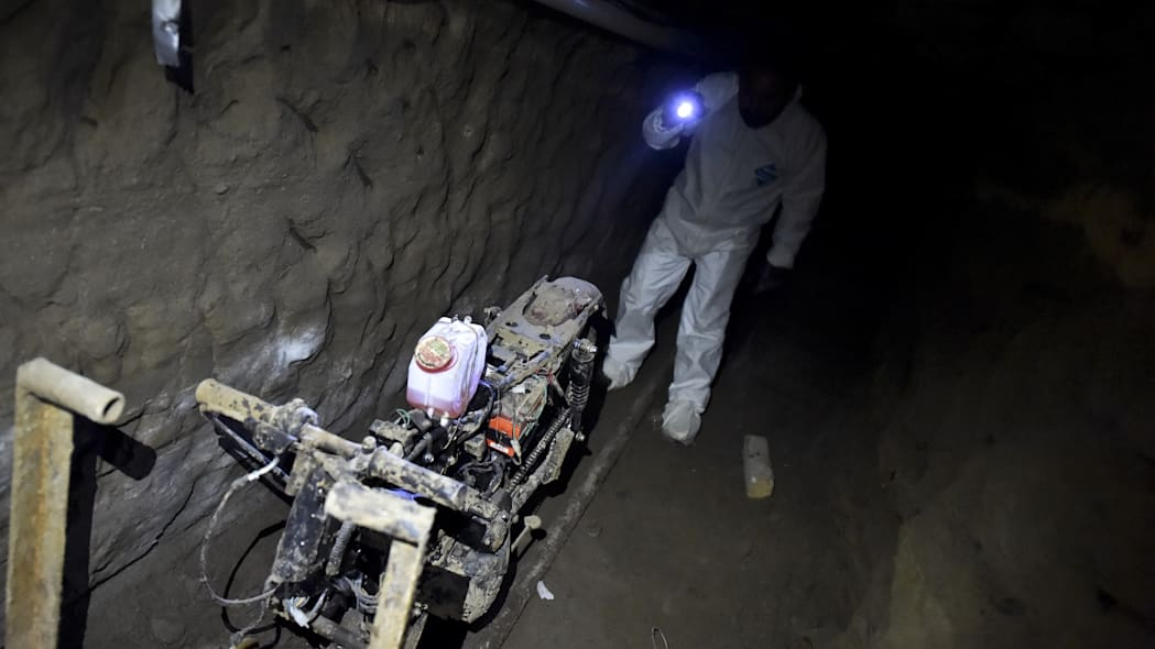MEXICO-CRIME-DRUGS-GUZMAN-ESCAPE-TUNNEL