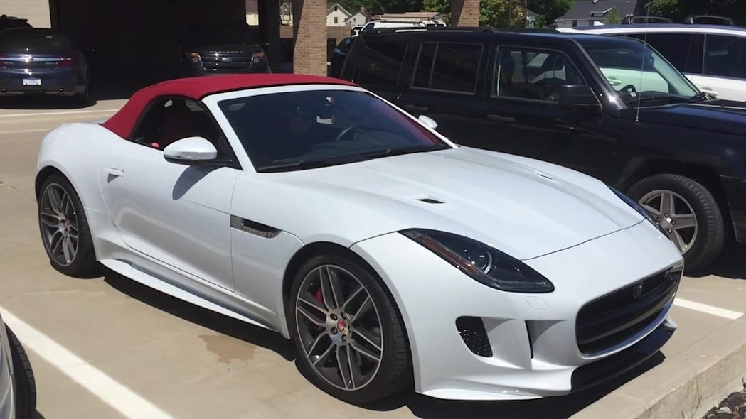 2016 Jaguar F-Type R AWD Roof Operation | Autoblog Short Cuts