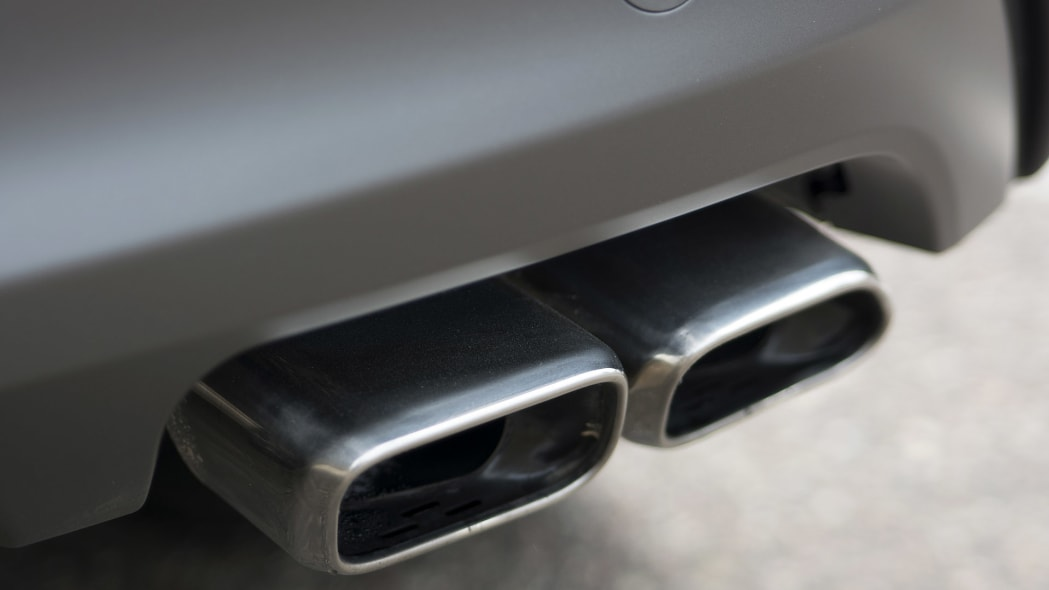 2016 Hyundai Tucson exhaust tips