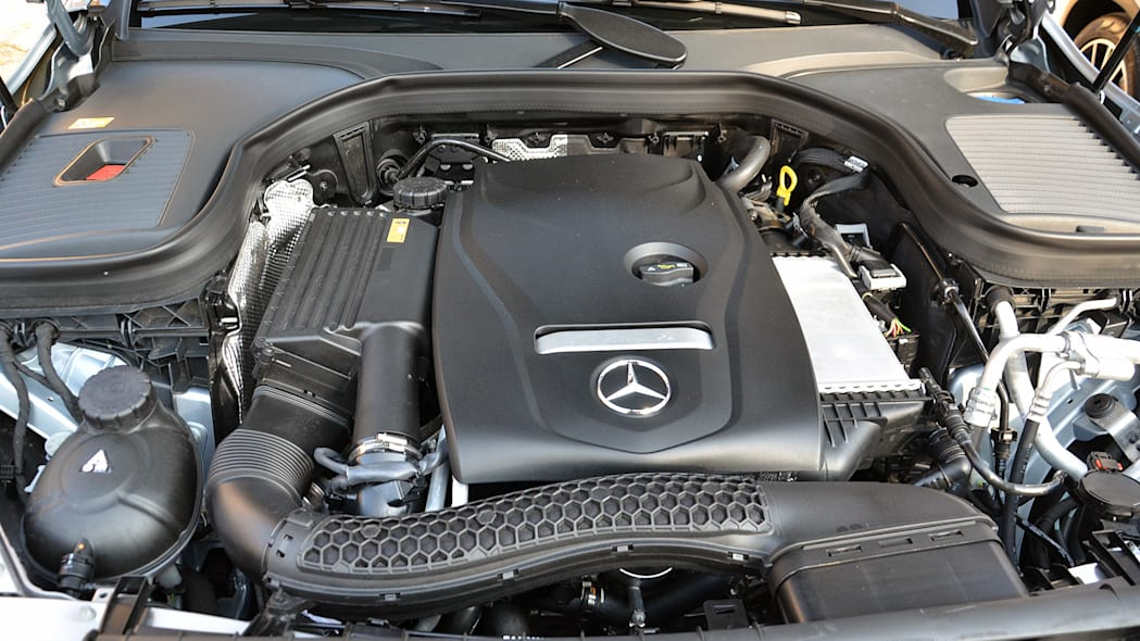 2016 Mercedes-Benz GLC250 engine
