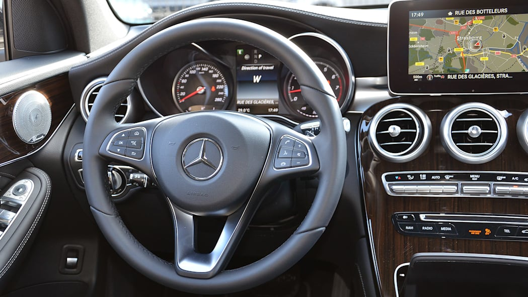 2016 Mercedes-Benz GLC250 interior