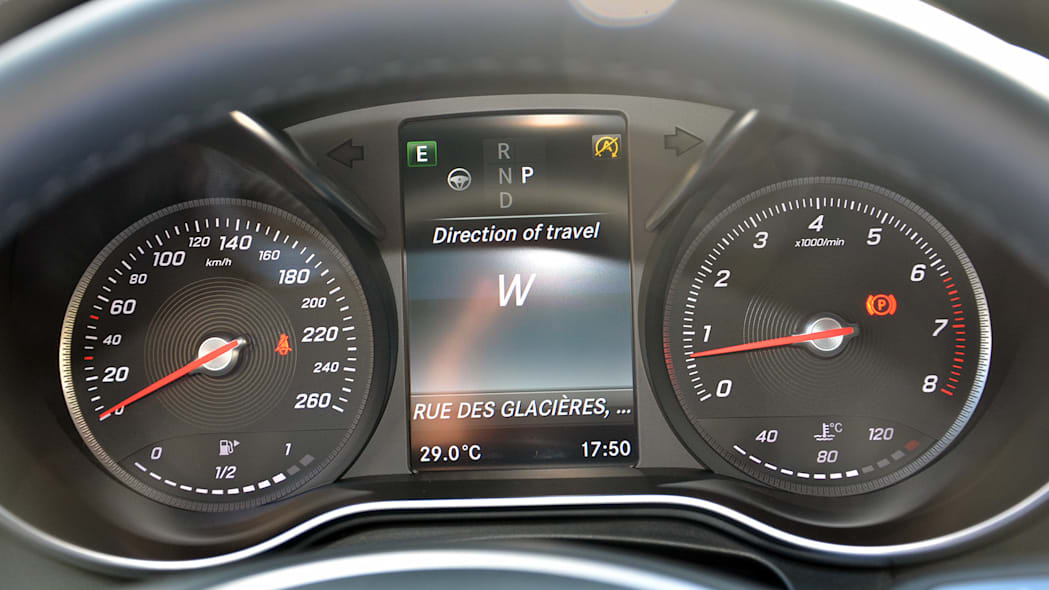 2016 Mercedes-Benz GLC250 gauges
