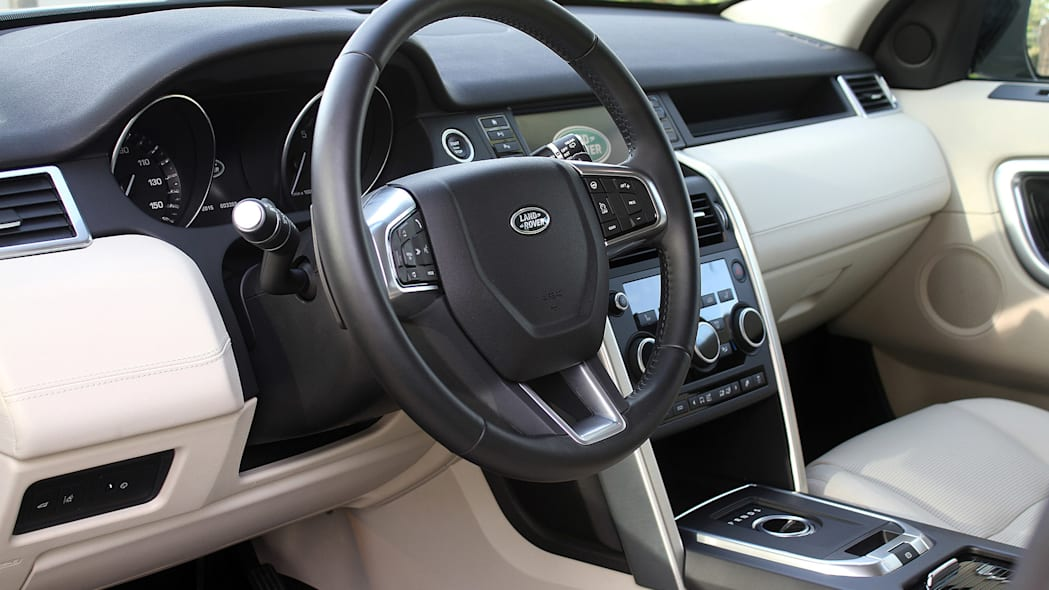 2015 Land Rover Discovery Sport interior