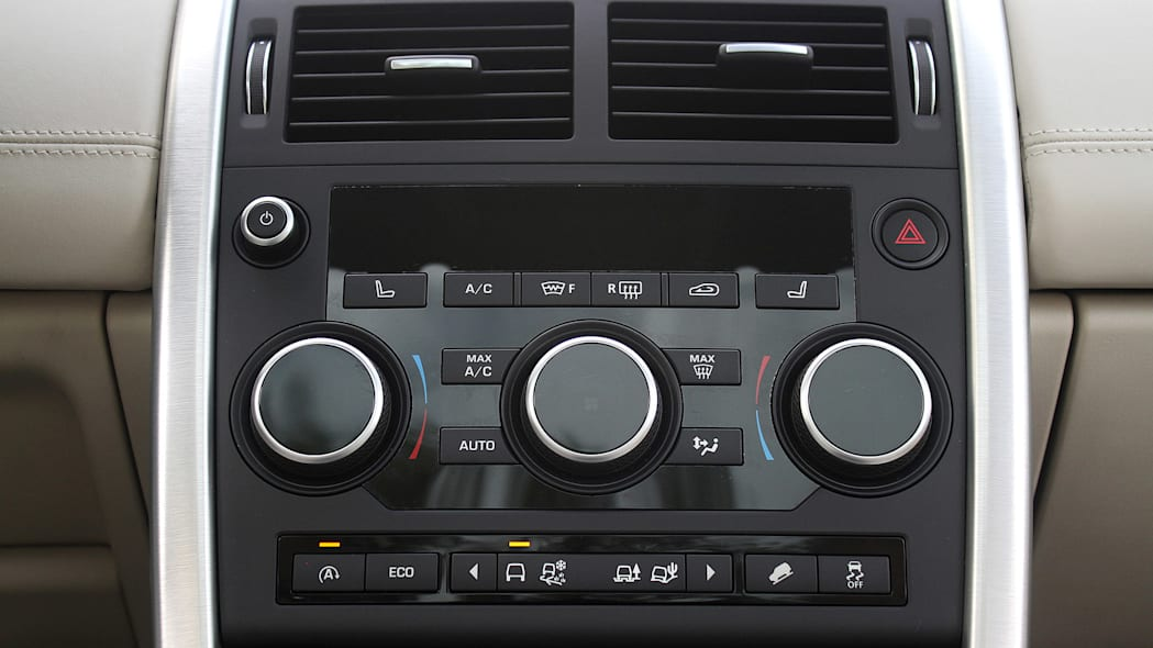 2015 Land Rover Discovery Sport instrument panel