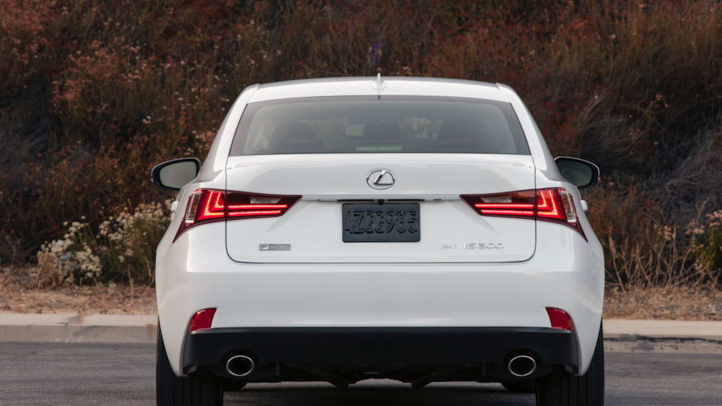 taillights led lexus is 300 awd