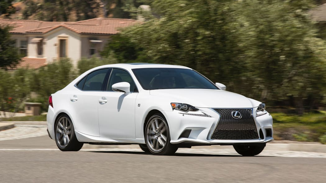 lexus 300 is turning awd moving action house