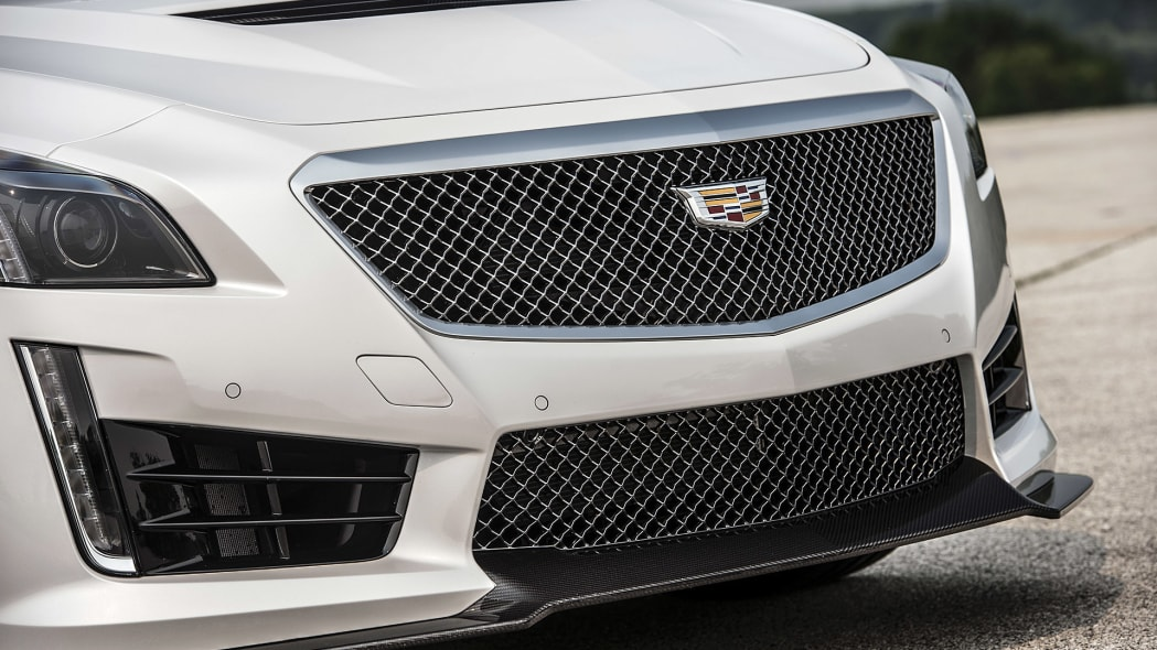 2016 Cadillac CTS-V grille