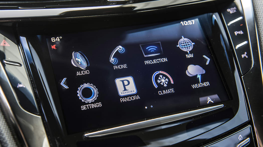 2016 Cadillac CTS-V infotainment system