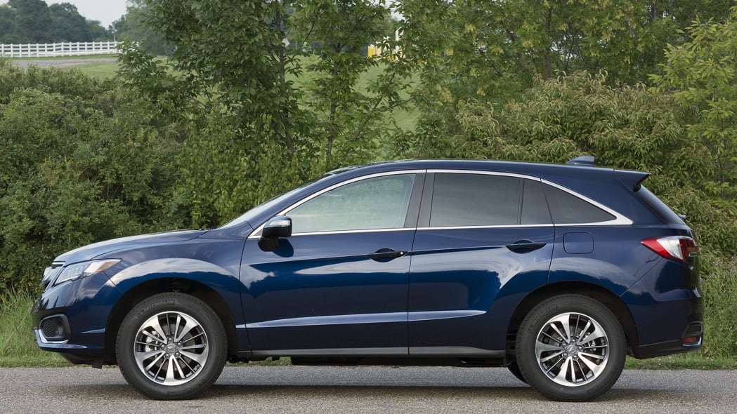 2016 Acura RDX side view