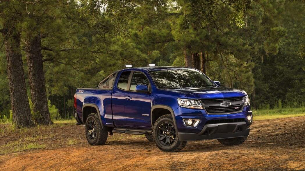 colorado trail boss chevy blue off road
