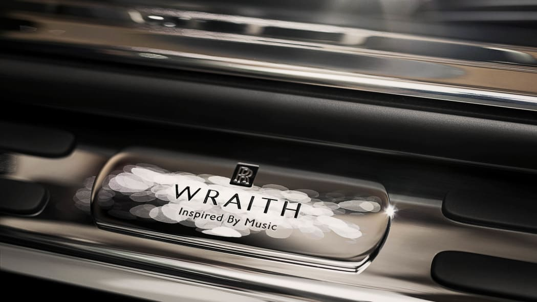 Rolls-Royce Wraith Inspired by Music tread sill plate