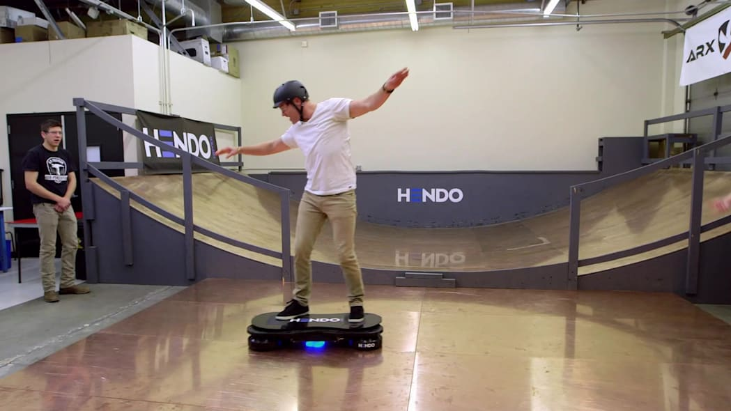 Translogic tests the Hendo hoverboard