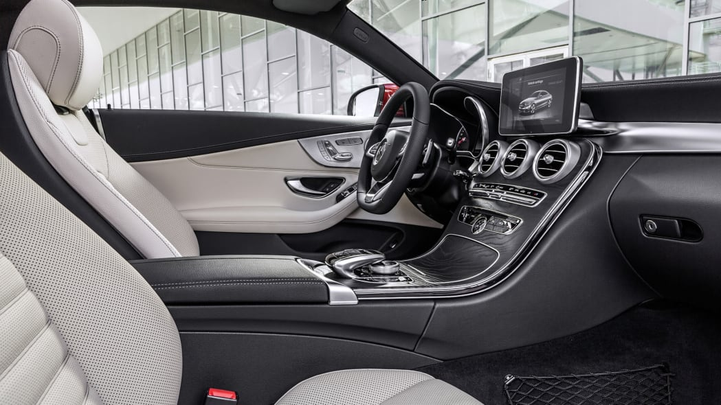 leather interior cabin mercedes c300 2017 coupe