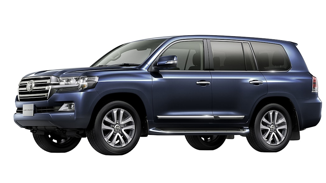2016 Toyota Land Cruiser front 3/4 blue