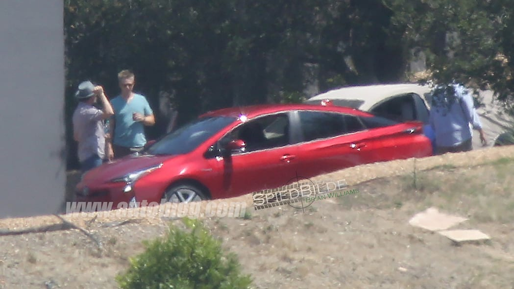 2016 Toyota Prius caught uncovered at a photo shoot