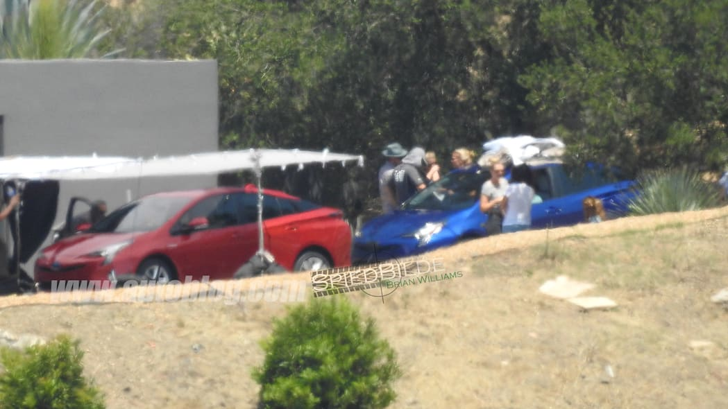 2016 Toyota Prius spied uncovered