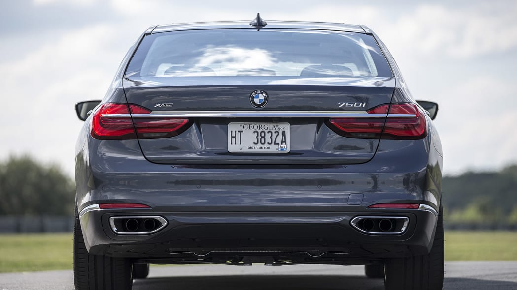 2016 BMW 7 Series rear view