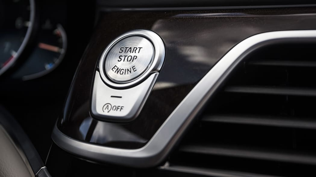 2016 BMW 7 Series start button
