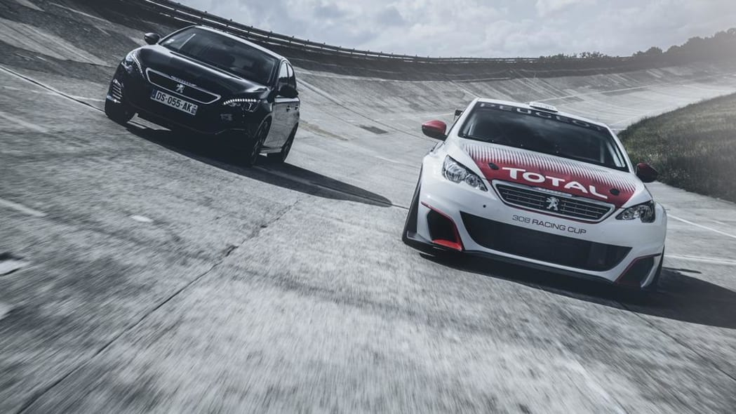 peugeot 308 racing cup with 308 gti