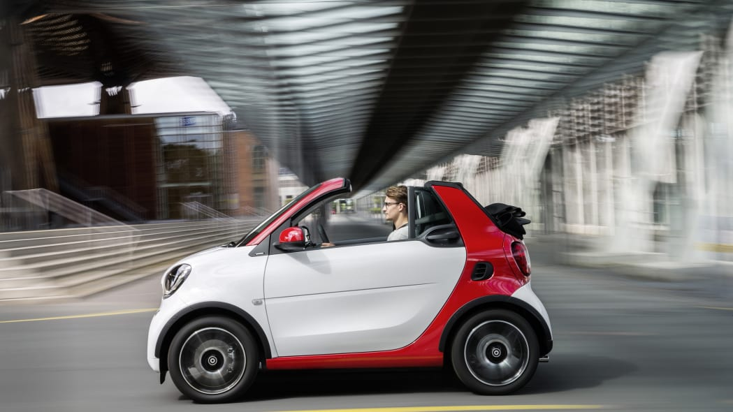 The 2016 Smart Fortwo Cabriolet, passion trim, side view.