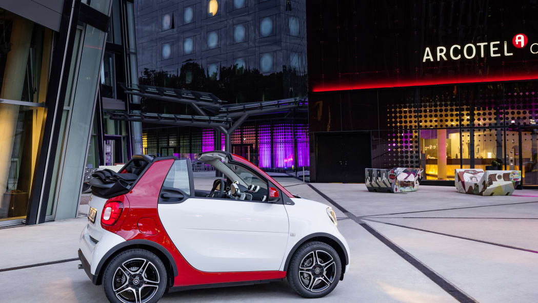 The 2016 Smart Fortwo Cabriolet, passion trim, static town center.