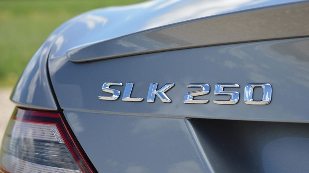 2015 mercedes-benz slk250 badge