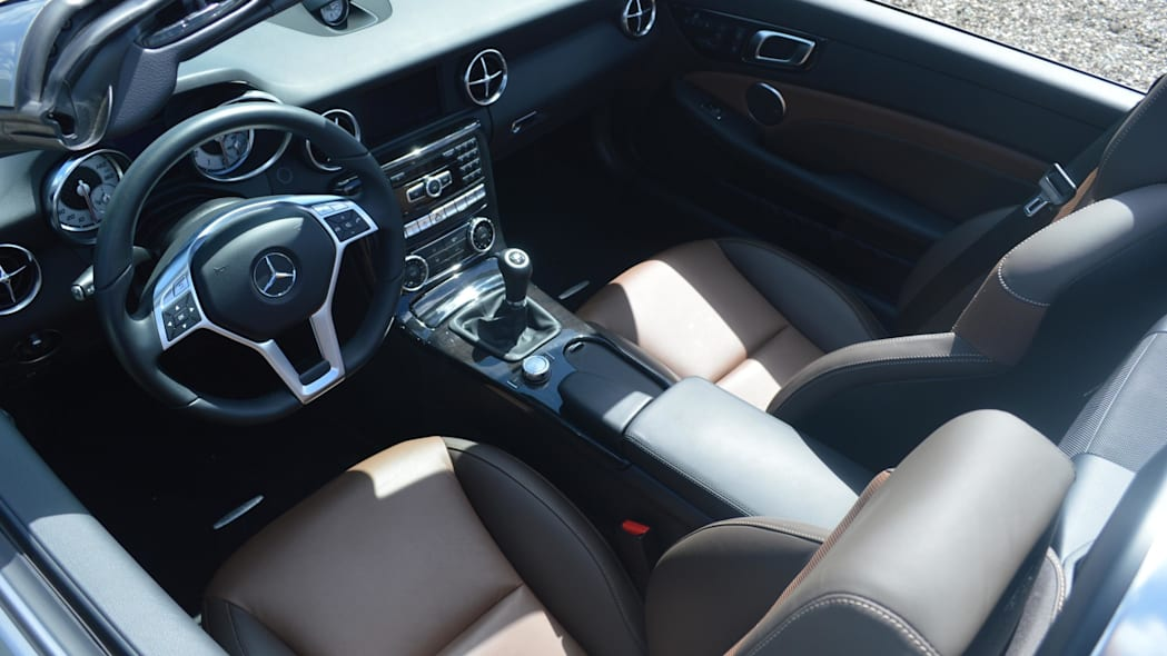 2015 mercedes-benz slk250 interior brown black