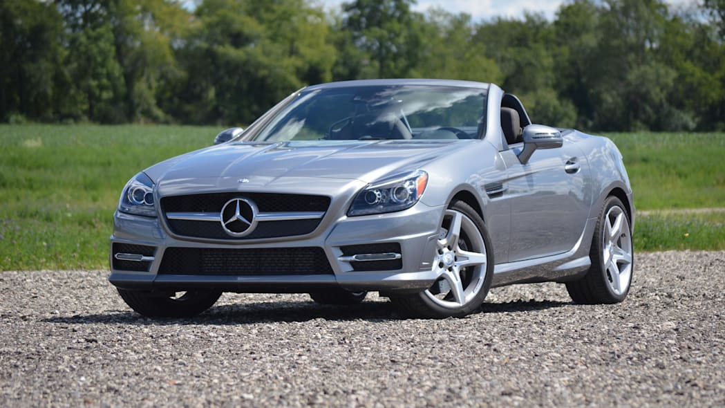 2015 mercedes-benz slk250 silver front green field