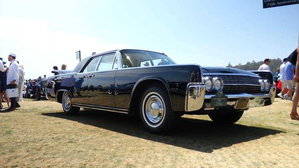 1962 Lincoln Continental Sedan | Beauty-Roll