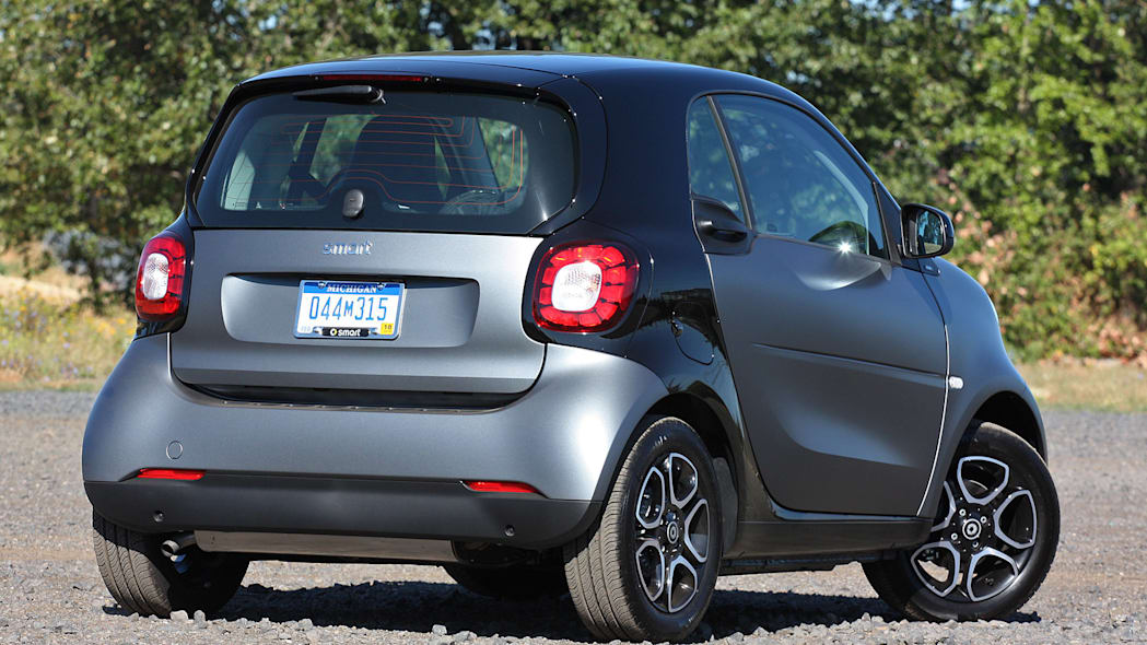 2016 Smart Fortwo rear 3/4 view