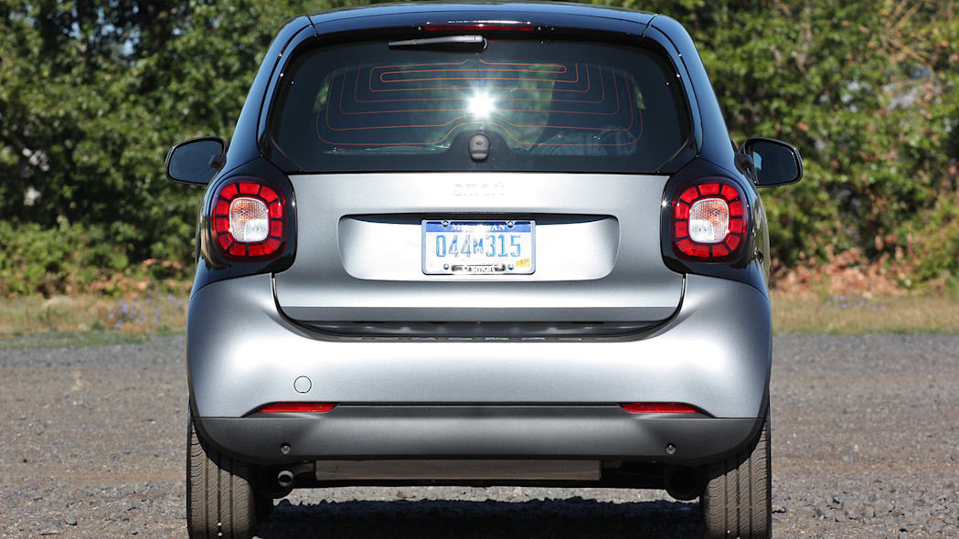 2016 Smart Fortwo rear view