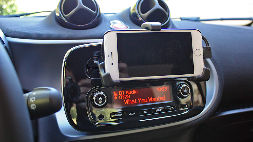 2016 Smart Fortwo instrument panel