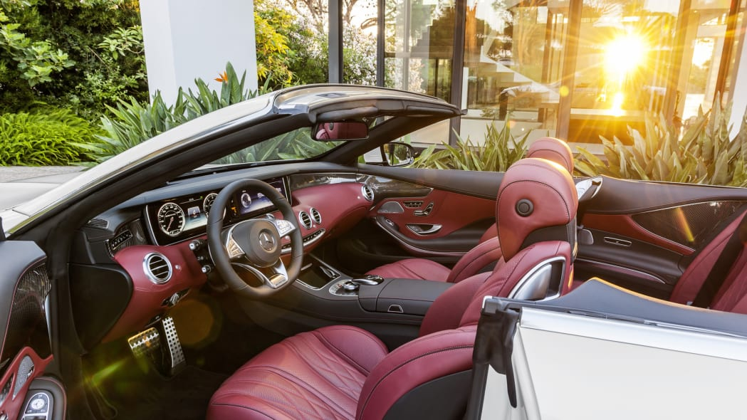 cabriolet cabin interior red leather s-class mercedes