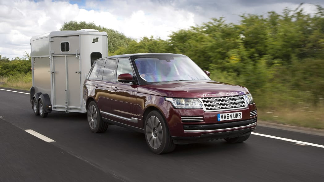 Land Rover Range Rover with horse trailer