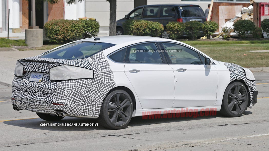 2016 Ford Fusion ST spied side rear 3/4